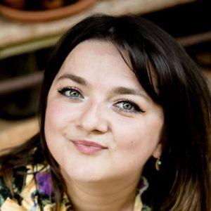 Franse-stemacteur-zanger-zangeres-voice-over-Irada