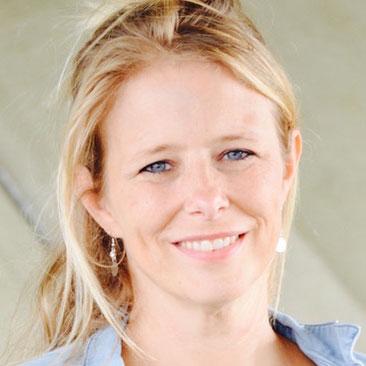 Nederlandse-stemacteur-voice-over-Cindy